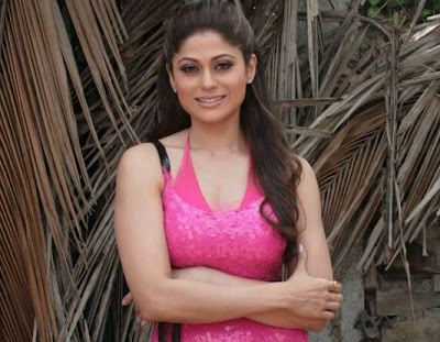 Shamita Shetty is busy to shoot a sizzling hot video or Harry Putar