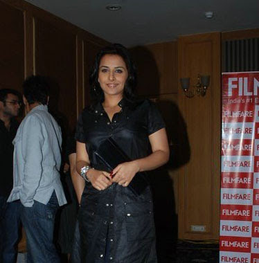 Bollywood Actress Vidya Balan hot Poses at Filmfare Magazine Launch