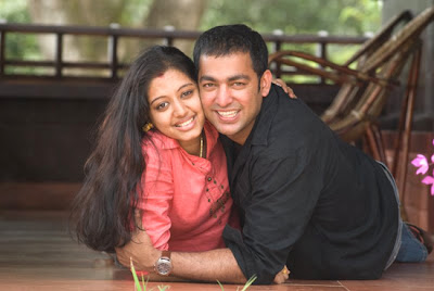 Gopika Honeymoon in Munnar with her hubby Ajilesh