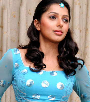 Bhoomika is now planning on producing a film in Telugu