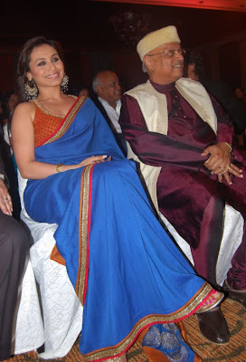 Rani Mukerji with Yash Chopra, Kiran Shantaram and Jeetendra at the V.Shantaram Awards 2009