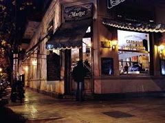 el CAFE MARGOT .... bajo la noche