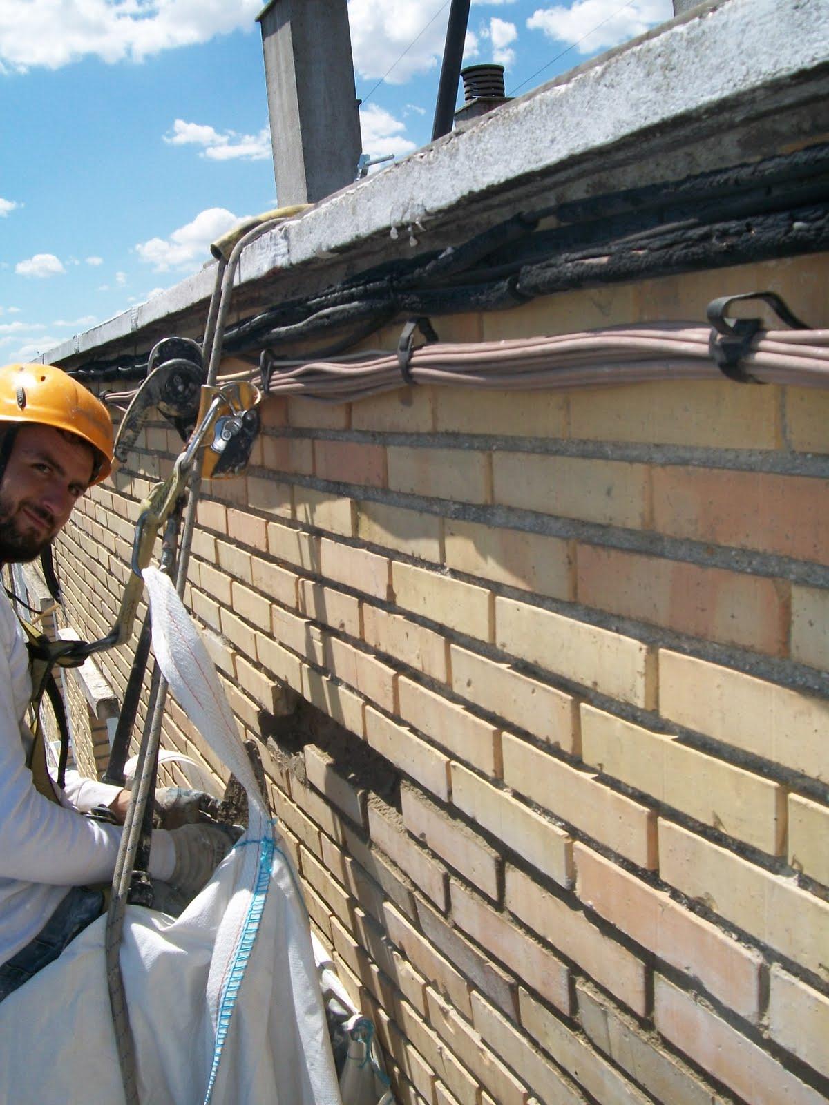 Restaurar fachada de ladrillo visto trabajos en - Fachadas ladrillo visto ...