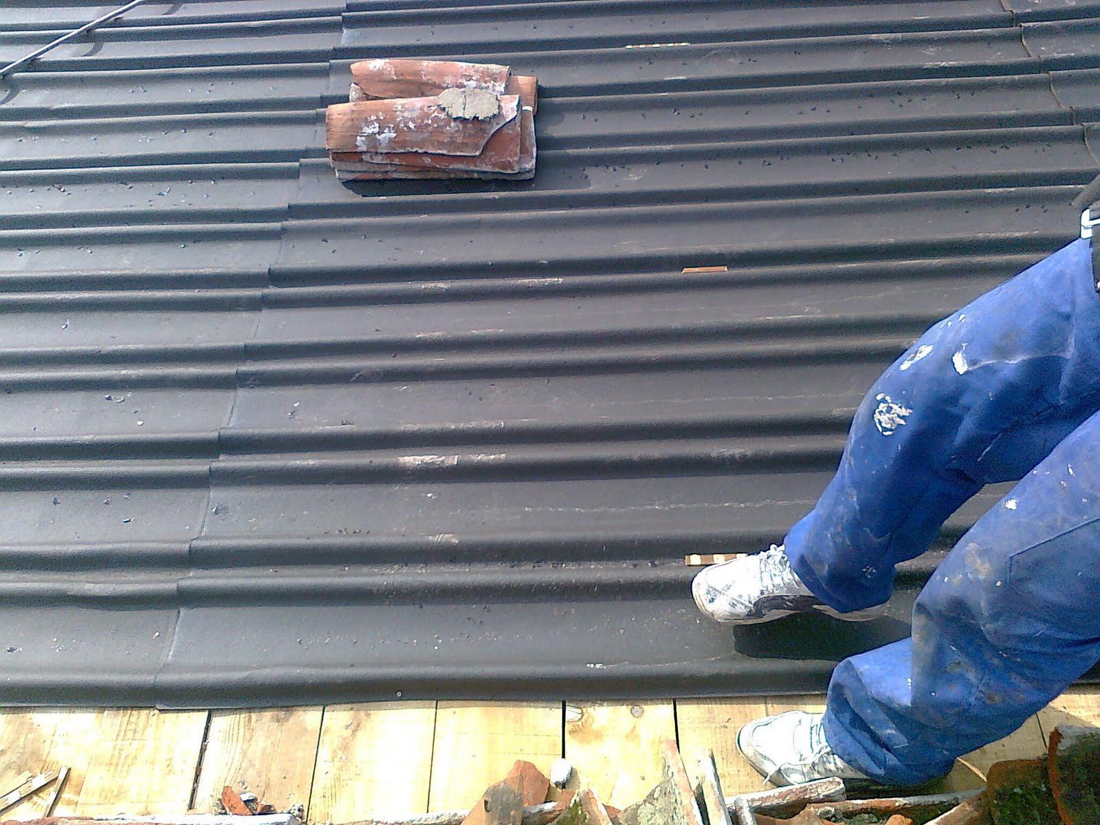Fotos de reparacion tejado de madera trabajos en for Tejados de madera con tela asfaltica