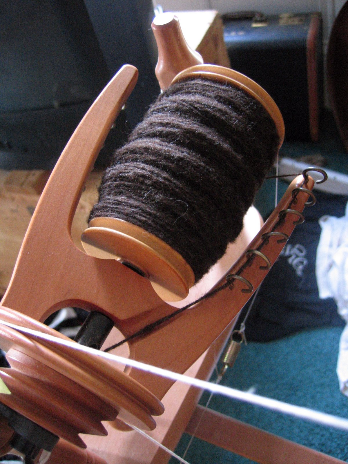 [Spinning+unknown+brown+wool+from+Australia]
