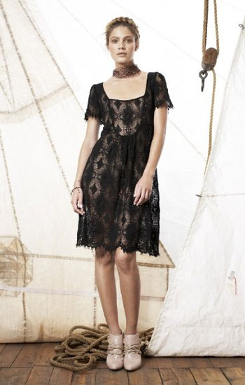 [lace+dress+Fleur+wood]