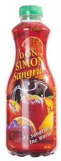 Bloggen har fått den här flaskan Don Simon Sangria