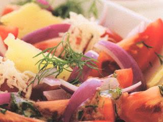 Tomatsallad med svenska smaker