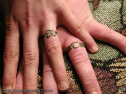 ring tattoo designs on the goose that never sleeps.: July 2010