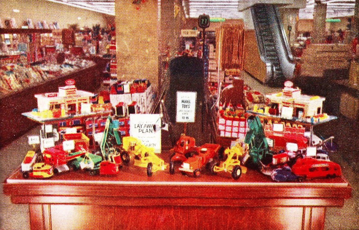 Woolworth and woolco christmas collectibles and decor i for Christmas decorations online shopping
