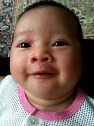 Sara Damia 4 months old