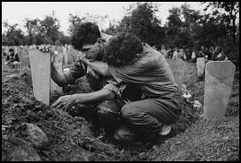 Cemitério na Bósnia