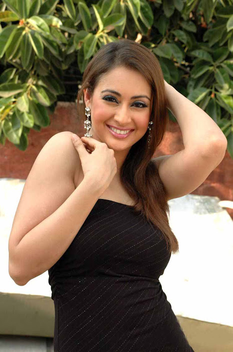 preeti jhangiani latest photos