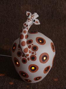 Luminária Girafa Étnica Ligada