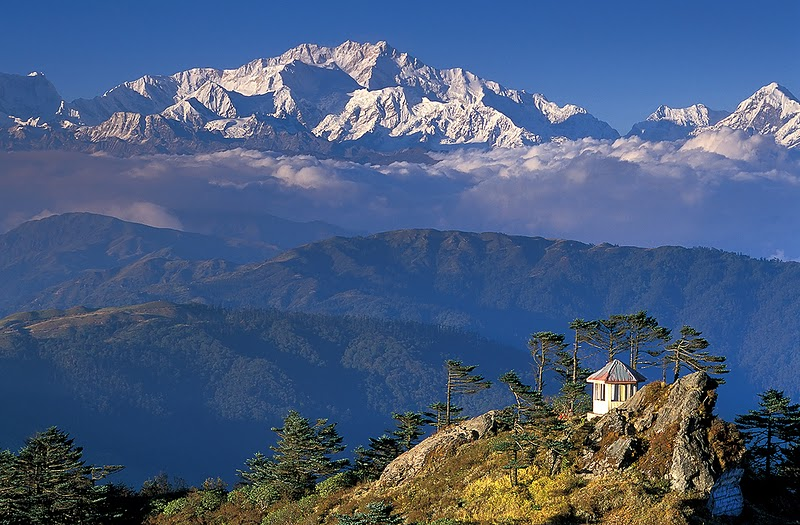 Image result for Mount Kanchenjunga (8586m), Nepal