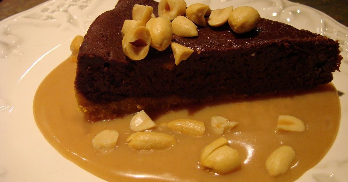 Uncommon Artistic Endeavors: Chocolate Peanut Butter Truffle Pie