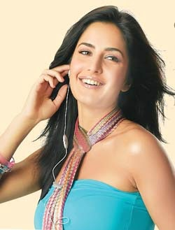 Katrina Kaif's Bio Data and Family Photos - World Zero Point