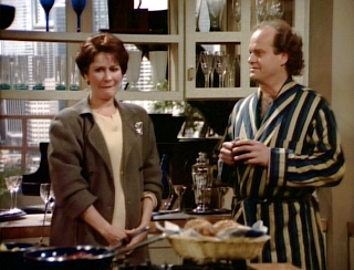 Frasier and Elaine share an awkward moment