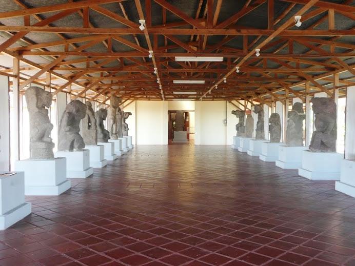 Hall of carvings, Granada Monastery-Museum