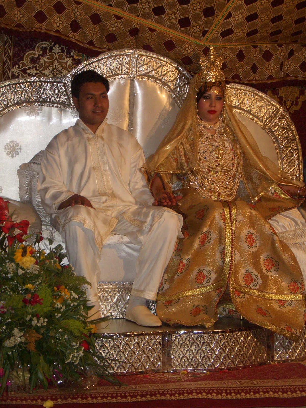 moroccan wedding A wedding in morocco is a  or perhaps you are tempted to venture with your loved ones into the sahara desert and to sleep in tents with impressive moroccan.