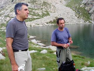Carli y Vincent en el lago de LLosás