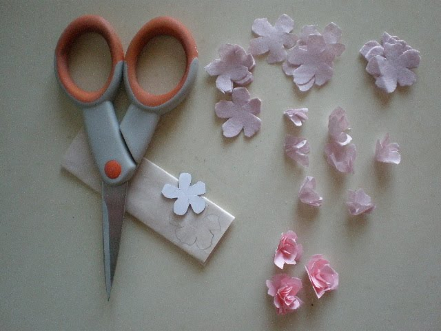 Cinderella moments easiest fastest mini paper roses tutorial for my any paper will do i have made some from this colored typing paper some from tissue paper some from paper bags and some from a thicker tissue paper mightylinksfo