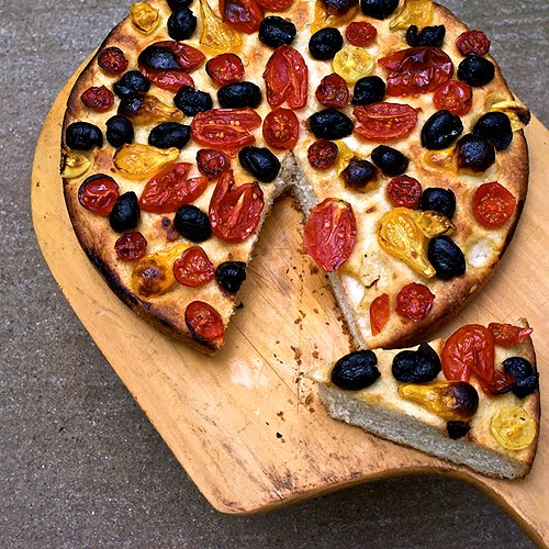 Javaholic: Tomato and Olive Focaccia