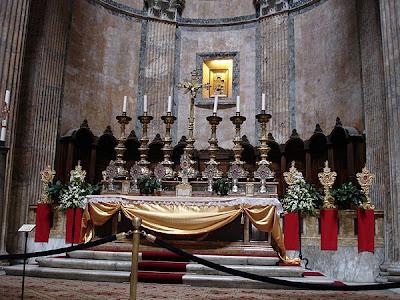 Altar del Pantheón