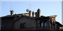 Chimeneas en los tejados de Roma