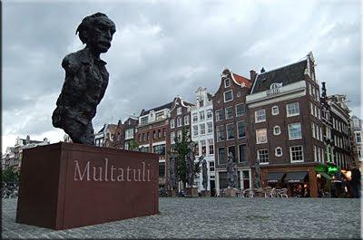 Típica construcción en Amsterdam