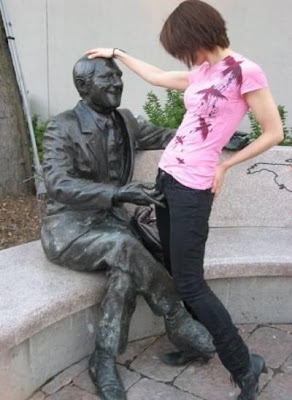 Girl and Naughty Statue Illusion