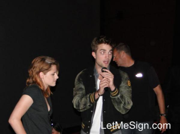 Kristen Stewart Eclipse Screening. Rob and Kristen surprised fans