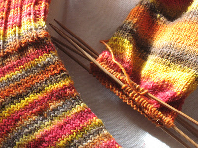 free knitting and crochet patterns - LoopKnits!