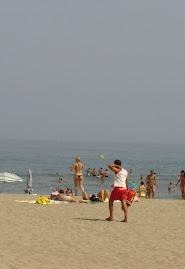 El cambio de adjudicación de  socorrismo de playas de este año, no ha  mejorado el servicio.