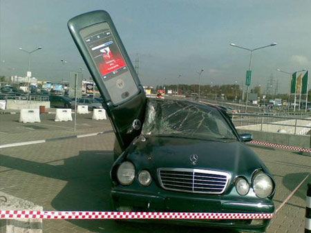 texting and drinking while driving The texting ban does not include the use of a gps device, a system or device  that  drivers who eat or drink while driving have trouble controlling their vehicle, .