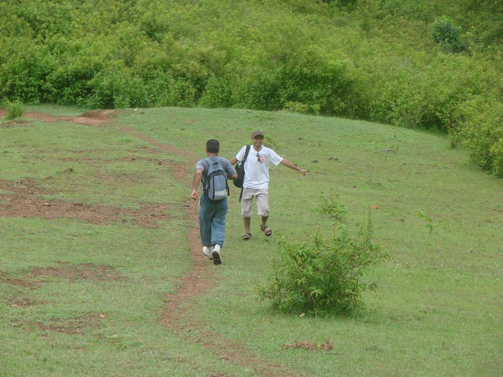 [Nepalthok+to+Dumjha+to+Nepalthok,+Sunday,+Aug+12,+2007+226.jpg]