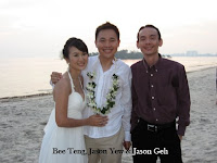The wedding couple with Jason Geh, the live band guy