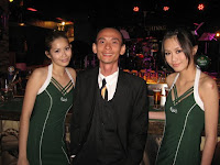 Jason Geh with the Carlsberg girls