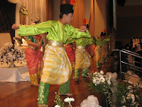 children group dance entertainment by Pak Ngah