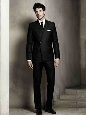 man-in-suit-photo-mens-fashion-image