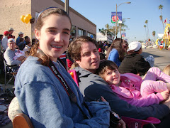Family (Erin, Shan & Natalie) at Rose Parade