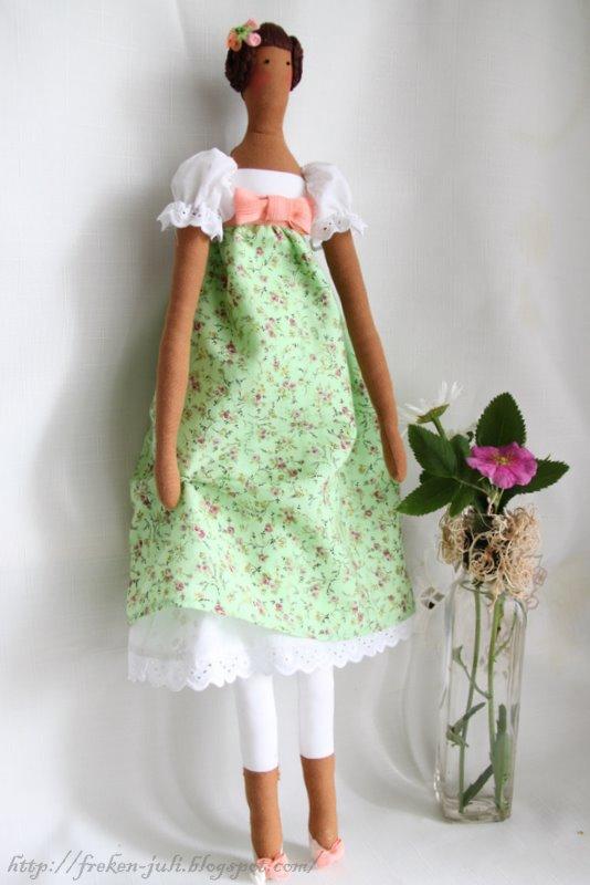 Платье для тильды с рукавом