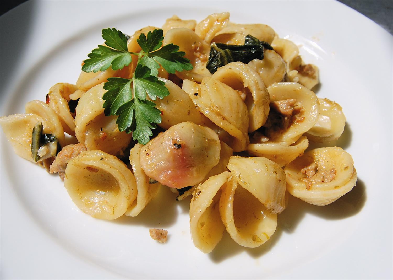 ... : Metrocurean Cooks: Pasta With Sausage, Kale And Mascarpone