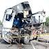 Φορτηγό μετά από σύγκρουση με τρένο