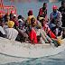 Κατά κύματα οι λαθρομετανάστες και στην Ιταλία.