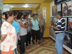 Visita de los profesores participantes al primer taller de informática educativa  al museo del ISP
