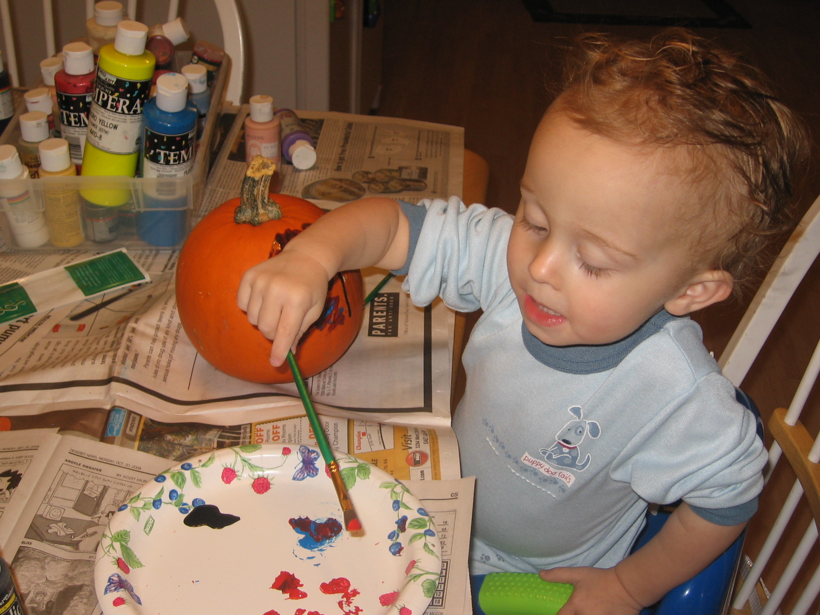 [painting+pumpkins+013.JPG]