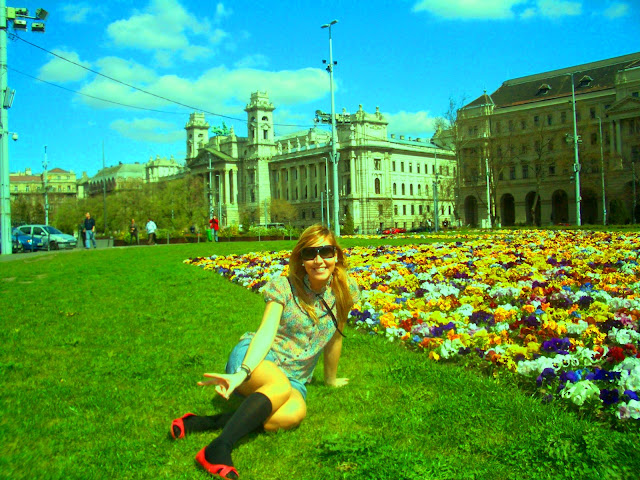blog de moda, fashion blog, blogueras de moda, blog de belleza, calcetines altos, blusa de flores