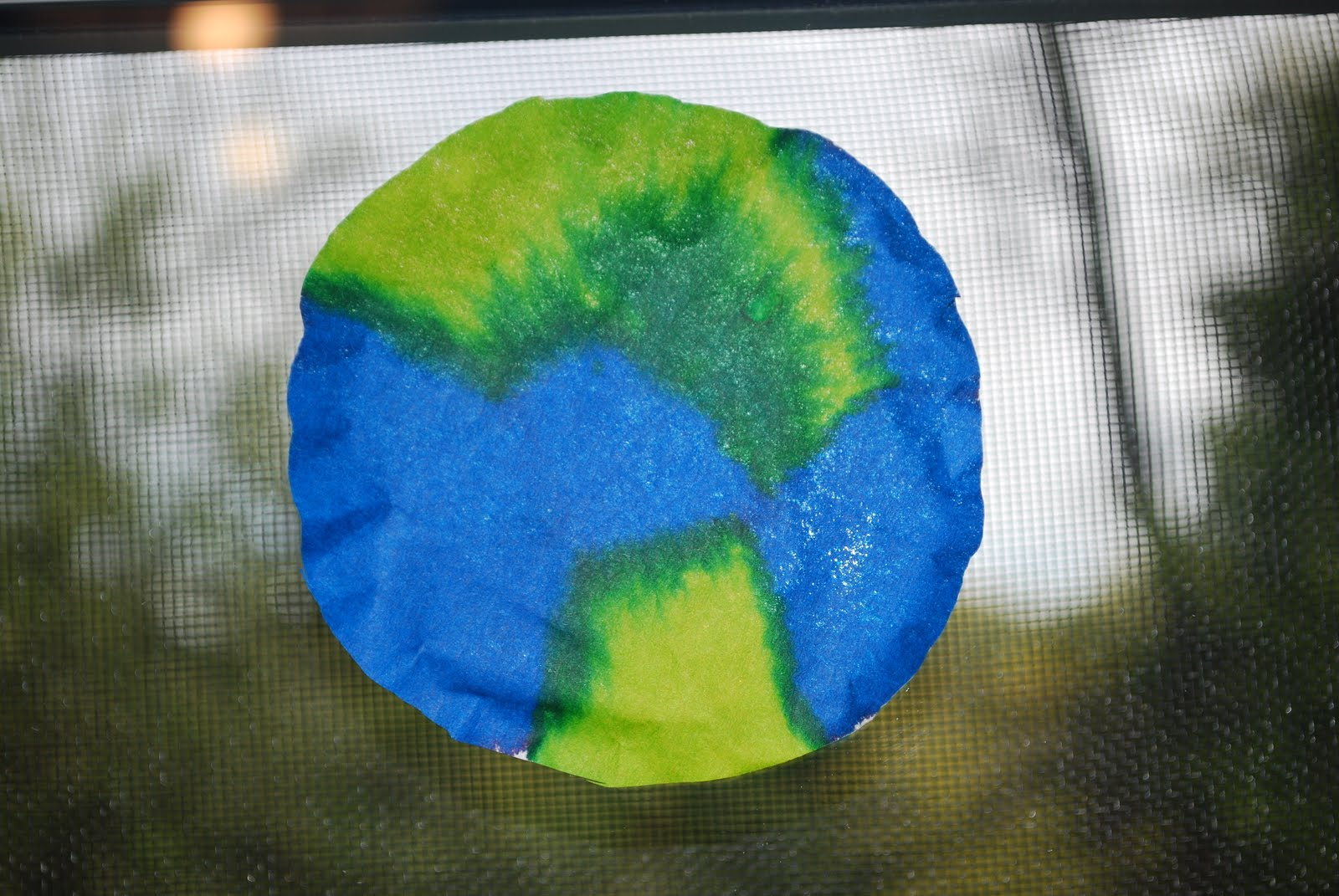 Craptastic crafts for kids earth sun catcher for Planet crafts for kids