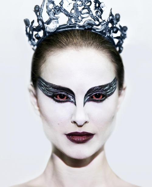 black swan natalie portman diet. Natalie Portman is a shoo-in